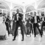 10 canciones geniales para la hora loca de tu boda