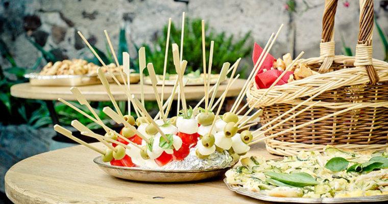 ¿Que debe tener una casa de banquetes para fiestas?
